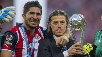 Pereira y Almeyda celebran el titulo de Liga del Clausura 2017
