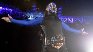 Jeff Hardy muestra el Campeonato de Estados Unidos en Smackdown Live