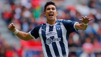 Jesús Molina festeja un gol con Monterrey