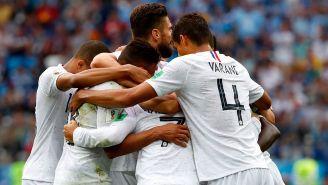 Jugadores de Francia celebran un gol de Griezmann