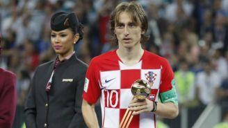 Luka Modric, con el Balón de Oro de Rusia 2018