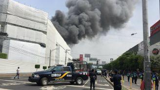 Incendio en el inmueble de Galerías Coapa