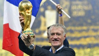 Didier Deschamps levanta la Copa del Mundo en Rusia 2018