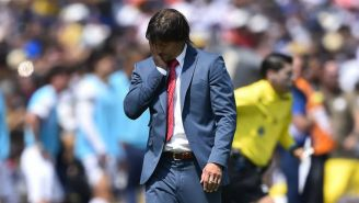 Almeyda, en lamento durante su etapa con técnico de Chivas