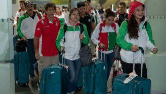 Atletas mexicanos regresan tras participar en Centroamericanos