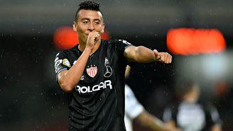Daniel Álvarez festeja su gol contra Pumas