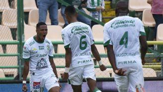 Moreno, Tesillo y Mosquera festejan un gol