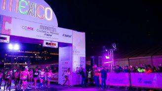 Salida de los competidores del Medio Maratón XXXVI