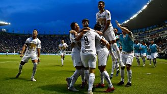 Pumas festeja gol contra León en la Jornada 8 de Liga MX