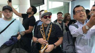 Maradona arriba al AICM