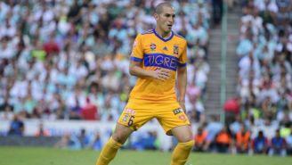 Jorge Torres Nilo en un partido con Tigres