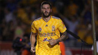 André-Pierre Gignac festeja un gol en Liga MX