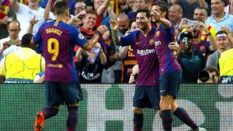 Jugadores del Barcelona celebran anotación en La Liga