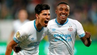 Guti festejando su primer gol con el PSV