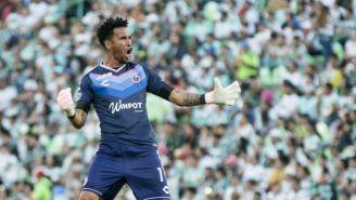 Pedro Gallese festeja el gol de Veracruz
