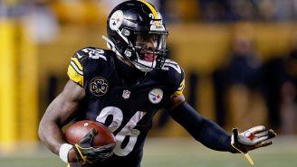 Le'Veon Bell acarrea el ovoide en un juego de Steelers