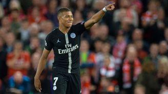 Kylian Mbappé celebra una anotación con el París Saint-Germain