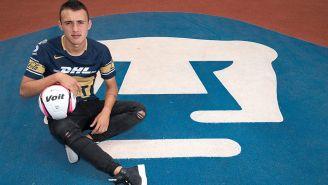 Figueroa posa para RÉCORD en el Estadio Olímpico Universitario