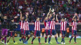 Chivas festeja victoria sobre América