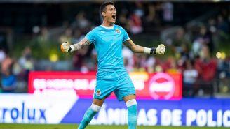 Raúl Gudiño en festejo tras gol contra América