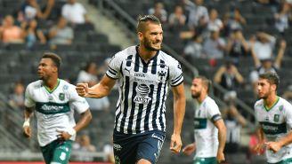 Nico Sánchez celebra un gol con Rayados en Copa MX