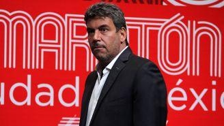 Arturo Elías Ayub en un evento del Maratón de la CDMX
