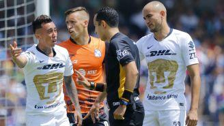Pumas reclama una falta en en duelo contra Puebla