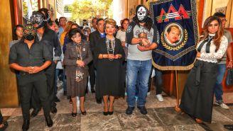 Familia de la AAA, durante la misa de Antonio Peña Herrada