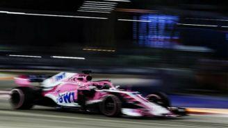 Checo Pérez durante la calificación en el GP de Singapur