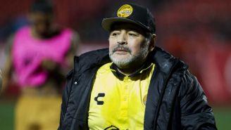 Maradona durante un juego de Dorados