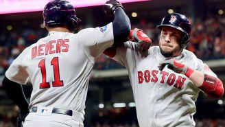 Jugadores de Red Sox celebran un anotación