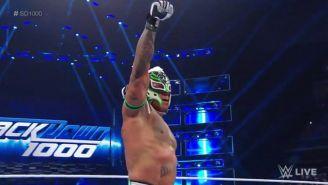 Rey Mysterio en el ring de SmackDown Live