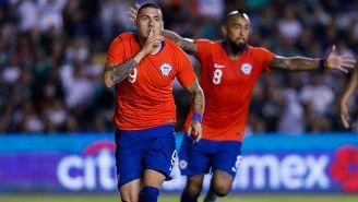 Nicolás Castillo celebra gol de la victoria contra México