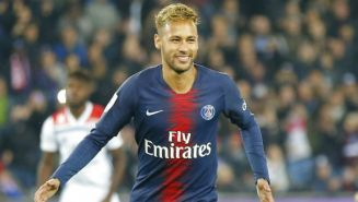 Neymar, durante un juego con el PSG