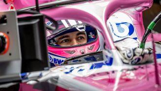 Sergio Pérez a bordo de su monoplaza de Force India