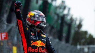 Verstappen festeja tras ganar el GP de México