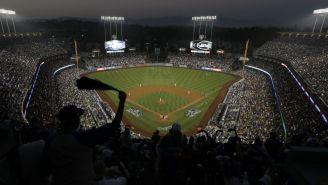 Dodger Stadium previo al Juego 4 de la Serie Mundial