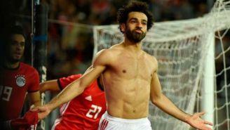 Mohamed Salah festeja el gol contra Túnez