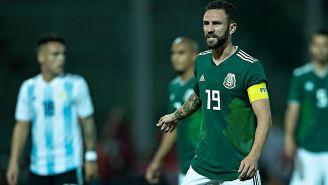 Miguel Layún durante el partido contra Argentina