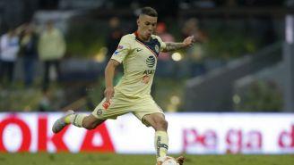 Mateus Uribe cobrando un penalti