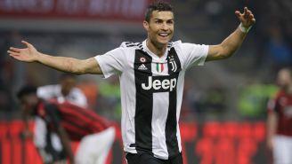 El luso celebra una anotación en la Serie A