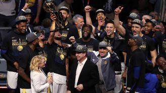 Warriors celebrando su título de la NBA