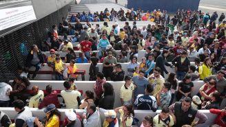 Fans del América, formados para comprar boletos
