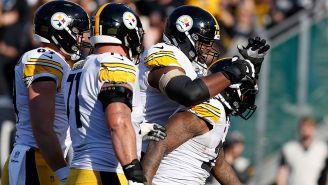 Jugadores de los Steelers en un partido