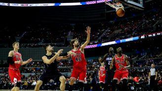 Orlando Magic encesta frente a las miradas de los Bulls