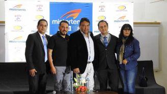 Directivos de Mister Tennis durante el regreso de la marca