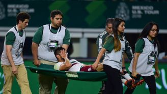 Néstor Araujo se lesiona durante un amistoso con el Tri
