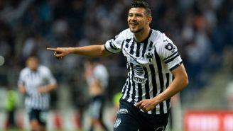 Luis Madrigal celebra gol con Monterrey