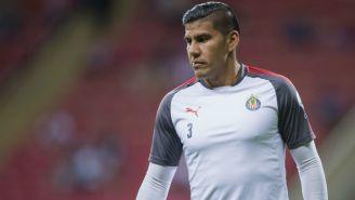 Carlos Salcido, en un entrenamiento con Chivas