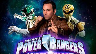 Jason David Frank posa como Power Ranger